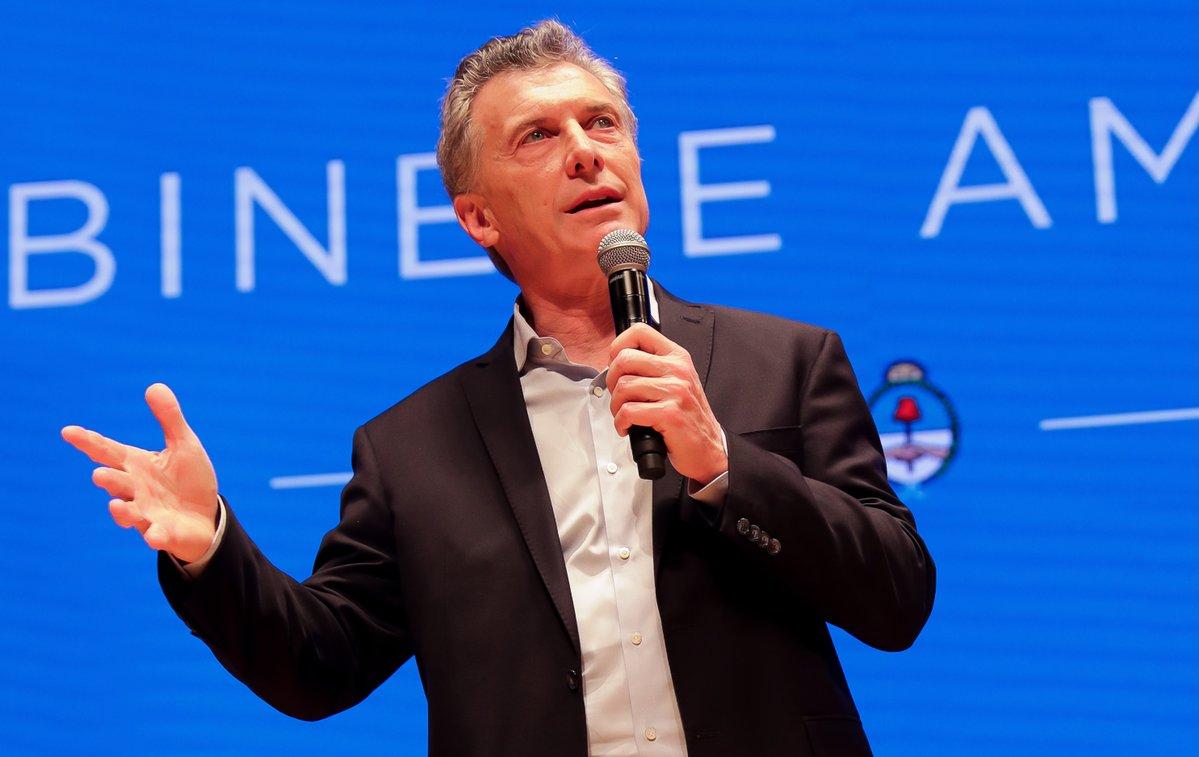 Macri lanza su libro con título futbolero | Expediente Político